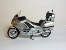 Прикрепленное изображение: BMW K 1200 LT \'1997 (Welly) 1.JPG