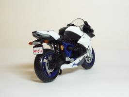 Прикрепленное изображение: BMW HP 2 Sport \'2007 (Maisto) 5.JPG