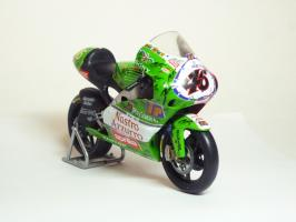 Прикрепленное изображение: Aprilia RSW 250 #46 V. Rossi \'1999 Imola (Leo Models) 3.JPG