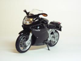 Прикрепленное изображение: BMW K 1200 S \'2003 (Welly) 2.JPG