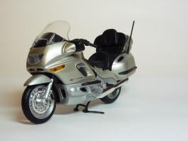 Прикрепленное изображение: BMW K 1200 LT \'1997 (Welly) 2.JPG
