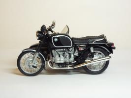 Прикрепленное изображение: BMW R 90-6 Sidecar \'1974 (Solido) 1.JPG