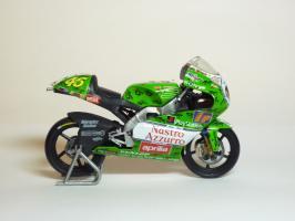 Прикрепленное изображение: Aprilia RSW 250 #46 V. Rossi \'1999 Imola (Leo Models) 4.JPG