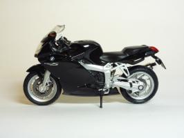 Прикрепленное изображение: BMW K 1200 S \'2003 (Welly) 1.JPG