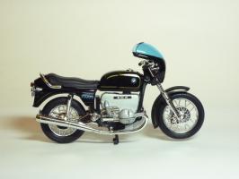 Прикрепленное изображение: BMW R 100 S \'1976 (Welly) 4.JPG