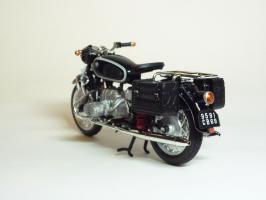 Прикрепленное изображение: BMW R 60-2 Gendarmerie \'1960 (Solido) 6.JPG
