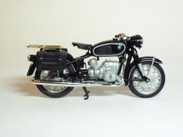 Прикрепленное изображение: BMW R 60-2 Gendarmerie \'1960 (Solido) 4.JPG