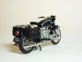 Прикрепленное изображение: BMW R 60-2 Gendarmerie \'1960 (Solido) 5.JPG