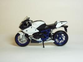 Прикрепленное изображение: BMW HP 2 Sport \'2007 (Maisto) 1.JPG