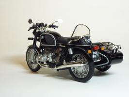 Прикрепленное изображение: BMW R 90-6 Sidecar \'1974 (Solido) 6.JPG