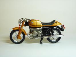 Прикрепленное изображение: BMW R 100 \'1981 (Guiloy) 1.JPG