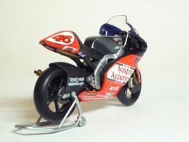 Прикрепленное изображение: Aprilia RSW 250 #46 V. Rossi \'1998 World Championship (Leo Models) 5.JPG