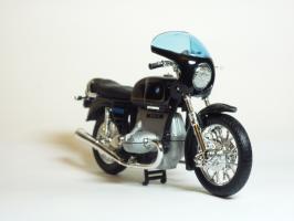 Прикрепленное изображение: BMW R 100 S \'1976 (Welly) 3.JPG