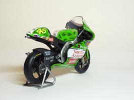 Прикрепленное изображение: Aprilia RSW 250 #46 V. Rossi \'1999 Imola (Leo Models) 5.JPG