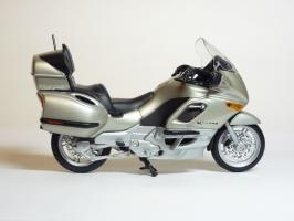 Прикрепленное изображение: BMW K 1200 LT \'1997 (Welly) 4.JPG