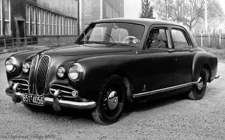Прикрепленное изображение: BMW 501 Prototype.jpg