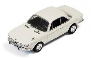 Прикрепленное изображение: BMW 2000 CS 1966.jpg