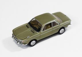 Прикрепленное изображение: BMW 2000 CS 1966...jpg
