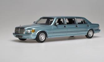 Прикрепленное изображение: 500SEL 6-door Stretch Limousine 1985. Classic Models.jpg