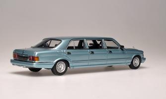 Прикрепленное изображение: 500SEL 6-door Stretch Limousine 1985. Classic Models_Z.jpg