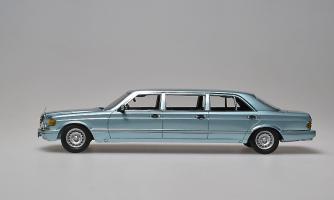 Прикрепленное изображение: 500SEL 6-door Stretch Limousine 1985. Classic Models_L.jpg