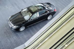 Прикрепленное изображение: Mercedes-Maybach-S-Klasse-2015-023.jpg
