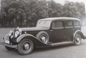 Прикрепленное изображение: Auto Union Horch 500 B Pullman Limousine.JPG
