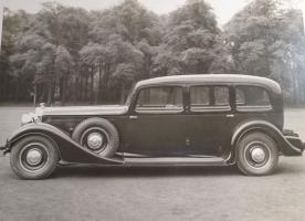 Прикрепленное изображение: Auto Union Horch 500 B Pullman Limousine von 1932.JPG