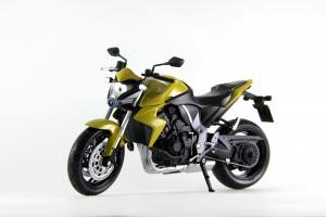 Прикрепленное изображение: Honda CB 1000R HI-RES (8).JPG