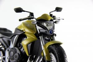 Прикрепленное изображение: Honda CB 1000R HI-RES (12).JPG