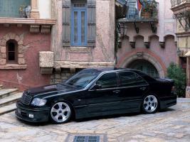 Прикрепленное изображение: Fabulous-Mercedes-S-Klasse-W140-Photo-01.jpg