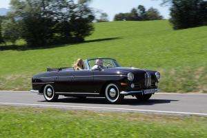 Прикрепленное изображение: BMW 502 3200 V8 Super Cabriolet Autenrieth 1959.jpg