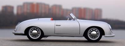 Прикрепленное изображение: Porsche (2).jpg