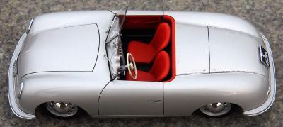 Прикрепленное изображение: Porsche (23).jpg