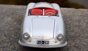 Прикрепленное изображение: Porsche (7).jpg