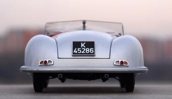 Прикрепленное изображение: Porsche (4).jpg