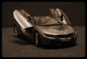 Прикрепленное изображение: BMW i8 - sepia.jpg