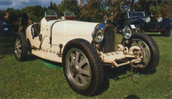 Прикрепленное изображение: Bugatti typ 35.jpg