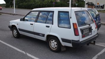 Прикрепленное изображение: Toyota Tercel 4WD Wagon-1983.02.jpg