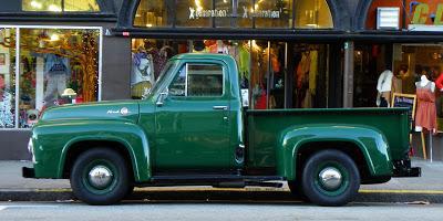 Прикрепленное изображение: Ford F-100 Pickup-1955.02.JPG