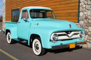 Прикрепленное изображение: Ford F-100 Pickup-1955.01.jpg