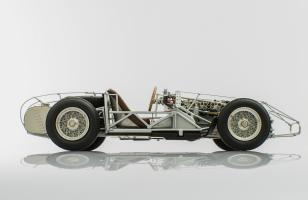 Прикрепленное изображение: maserati-300s-1956-rolling-chassis-3.jpg