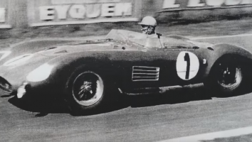 Прикрепленное изображение: CMC Maserati 300S #1, Le Mans 1958, Godia Sales, Bonnier.png