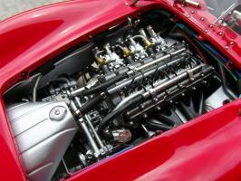 Прикрепленное изображение: Maserati 300 S №1 24H France 1958, 11w3o1s.jpg