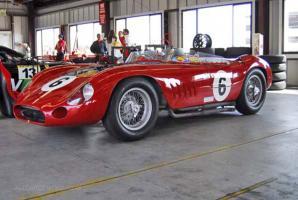 Прикрепленное изображение: maserati-300s-sn3057-ferrari-challenge-infineon-raceway_91d1d.jpg