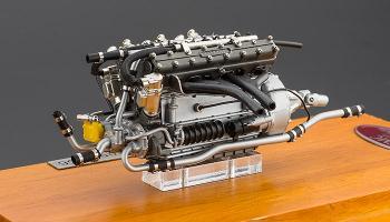 Прикрепленное изображение: Двигатель Maserati 300s, CMC M-110 03.jpg