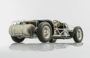 Прикрепленное изображение: maserati-300s-1956-rolling-chassis-2.jpg
