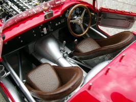 Прикрепленное изображение: Maserati 300 S №1 24H France 1958, 2hzh7xd.jpg