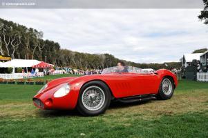 Прикрепленное изображение: 56-Maserati-300S_DV-10-AI_a01.jpg