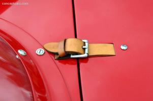 Прикрепленное изображение: 56_Maserati_300S_3062_DV_06-Belle_a06.jpg
